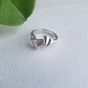🌟2for$10 Sterling Silver Ring Wavy Braid Knot